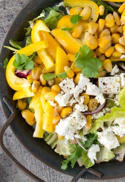 Salata sa kukuruzom i fetom